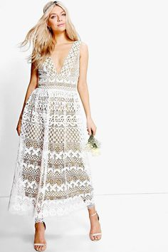 boohoo Boutique Cora Corded Lace Maxi Dress