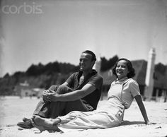 David Niven and Merle Oberon Relaxing at the Beach, 1935.  They had a hot romance.