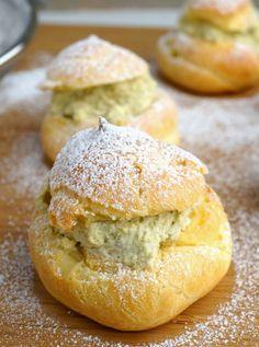 Miss HangryPants: Matcha Cream Puffs