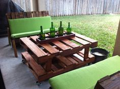 Outside funiture made of pallets. Rolling table