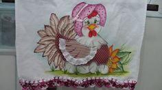 Pintado com patch aplique feito na maquina,bico de crochê R$ 18,00
