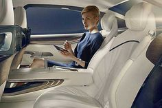 2018-2019 BMW Vision Future Luxury