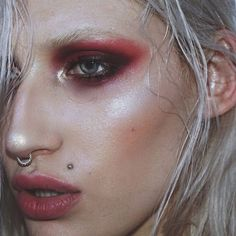 Dewy red eye make up