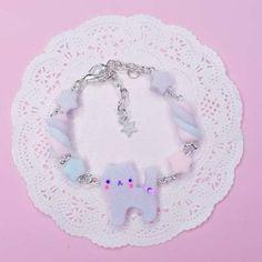 Kawaii Cat and Pastel Lilac Rainbow Marshmallow Bracelet from Ciali in Kawaiiland Kawaii Phone Case, Smartphone, Kawaii Cat, Pink Plastic, Jewelry Show, Kawaii Clothes, Marshmallow, Lilac, Etsy Seller