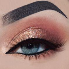 Anastasia Beverly Hills: DipBrow (Ebony), Modern Renaissance Palette Glitter Injections: Insta-Love (Pressed Glitter) Kat Von D Beauty: Everlasting Liquid Lipstick (Witches) Urban Decay: 24/7 Liner (Perversion)