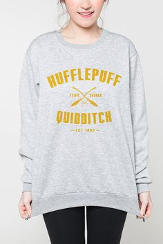 Hufflepuff Quidditch Harry Potter Shirt Frauen von OnemoreToddler