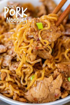 Spicy Pork Noodles - Only 5 ingredients! Pork tenderloin, brown sugar, soy sauce, chili garlic sauce, ramen noodles and green onions for garnish. Noodle Recipes, Bean Recipes, Ramen Recipes, Leftover Pork Chops, Tasty Noodles Recipe, Chili Garlic Sauce, Soy Sauce, Meat Sauce, Best Pork Recipe