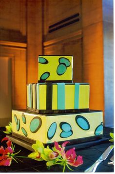 Could not get link to pin, but this is Beaux Gateaux bakery in San Francisco.  We used her (owner Kay) for mom's 70th birthday party -seriously the best cake inside and out ever!