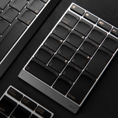 The detachable Numpad of this modular keyboard is the productivity hack you need! Industrial Design Portfolio, Portfolio Design, Laundry Center, Productivity Hacks, Yanko Design, Good Readers, Magic Mouse, User Interface, Interface Design