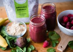 Fuel your body with this energy-packed pre-workout green smoothie rich in healthy carbs, nitrate-rich beets, and our favorite energy powder. I SimpleGreenSmoothies.com