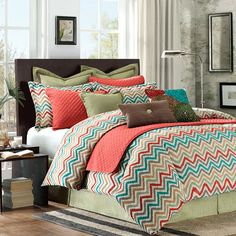 Las Brisas Comforter Set - Chevron Bedding Set - Love the zig zags! Looks good for guest bedroom. Cama Chevron, Chevron Bedding, Chevron Quilt, Dream Bedroom, Home Bedroom, Master Bedroom, Bedroom Decor, Bedrooms, Girls Bedroom
