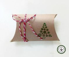 Christmas tree stamped/embossed kraft pillow boxes set of 5