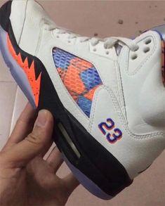 5fc6ee6f4b3fe4 First In-Hand Look At The Air Jordan 5 Knicks Custom Jordans