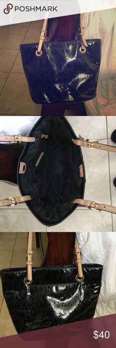 Michael Kors Purse Black Michael Kors Purse. Used! Has some white scuff marks on it in the front and back. KORS Michael Kors Bags Totes