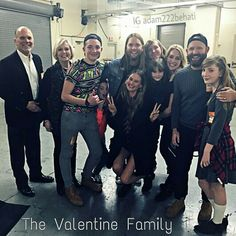James and his family backstage at the concert in Las Vegas #jamesvalentine #jimmyv #blondejesus #love #m5 #maroon5 #music #222
