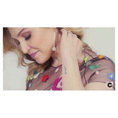 Lu do @chatadegalocha arrasando de brinco Copella num vídeo cheio de dicas para casamento de dia  Produção linda por @maria_candida [Compre via direct] #Copella #chatadegalocha #dicas #casamento