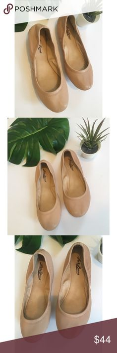 Lucky Brand Emmie Nude Leather Ballet Flats 8 Cute, basic nude colored genuine leather ballet flats in great condition. Minor marks on bottom/side from being worn just twice. These are soft and flexible, very comfortable. Gorgeous for transitional seasons - spring/fall! Lucky Brand Shoes Flats & Loafers