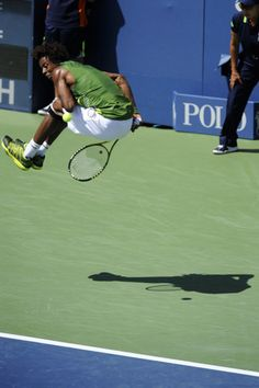 Gael Monfils behind the back - 2011 @US Open Tennis Championships #tennis #USOpen
