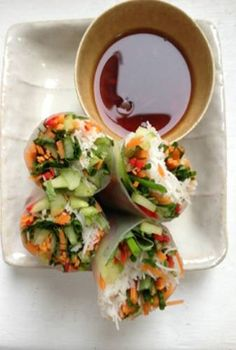 Nigel Slater - Kitchen - summer rolls, this would taste good, crunchy/chewy. Best Vegetable Recipes, Vegetarian Recipes, Cooking Recipes, Healthy Recipes, Summer Rolls, Spring Rolls, I Love Food, Good Food, Yummy Food