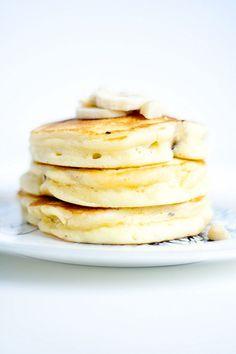 banana macadamia nut pancakes - Heather's French Press