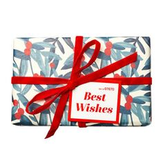 Best Wishes Wrapped Gift LUSH Christmas 2017 includes Christmas Sweater Bath Bomb, The Snowman Bubble Bar and Santa's Christmas Shower Cream Lush Christmas, Santa Christmas, Christmas 2017, Lush Cosmetics, Handmade Cosmetics, Holiday Gift Guide, Holiday Gifts, Unique Gifts, Best Gifts