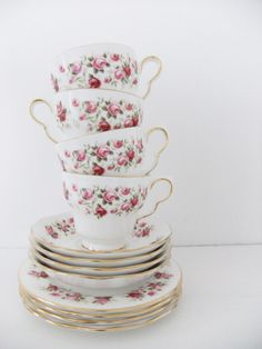 Vintage Rose Tea Cups & Saucers
