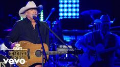 Alan Jackson - Where Do I Put Her Memory (Live From CMT GIANTS: Charley Pride) - YouTube Charley Pride, Where Have You Gone, Jackson, Amazing Songs, Memories, Album, Concert, Country Music, Going Out