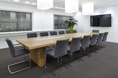 Conference table arena from ROHDE & GRAHL, designed by Vincent van der Horst, Crystallize - www.rohde-grahl.nl