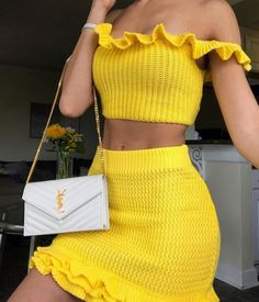 cute outfit yellow spring look summer look Cute Comfy Outfits, Girly Outfits, Classy Outfits, Trendy Outfits, Crochet Clothes, Diy Clothes, Mode Simple, Teen Fashion Outfits, Fashion Tips