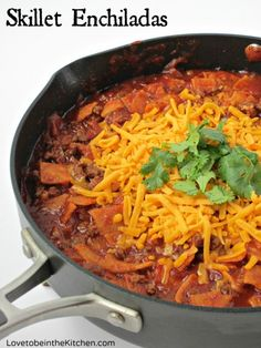 Skillet Enchiladas- Quick, easy and so delicious! Perfect for busy weeknights!
