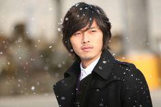 """Korean actor Hyun Bin in the drama """"The Snow Queen"""""""