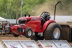 Truck And Tractor Pull, Tractor Pulling, Truck Pulls, Logging Equipment, Drag Cars, Cool Cars, Trucks, Farming, Mini