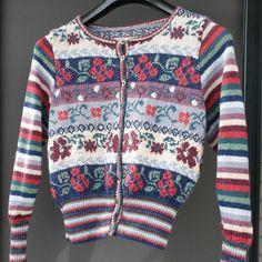 Maple pattern by Marie Wallin in Alpakka wool and silk Men Sweater, Wool, Sweaters, Pattern, Fashion, Moda, Patterns, Sweater, Pullover