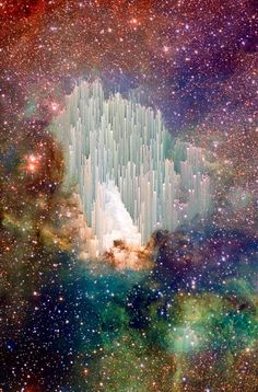 """Heaven's Gate. The cosmic """"ice sculptures"""" of the Carina Nebula."""