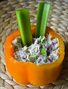 Quick 'N Healthy Summer Lunch Idea – Tuna Stuffed Pepper #Tuna #LowCholesterolRecipe