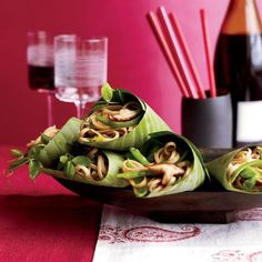 Shiitake-and-Scallion Lo Mein | Asian street-food carts sometimes serve food in banana leaves instead of using plates or bowls. Look for them at Asian markets. Here, Melissa Rubel Jacobson wraps the leaves around silky Chinese noodles.