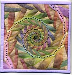 I first became interested in using fractals when I saw Rose Rushbrooke's quilts. Fractals have always fascinated me, not the mathmatics behi. Small Quilts, Mini Quilts, Colorful Quilts, Quilt Modernen, Contemporary Quilts, Quilted Wall Hangings, Fractal Art, Fabric Art, Quilt Making