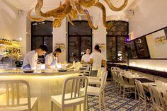 A Cevicheria, Lisboa  É um pequeno restaurante totalmente dedicado à cozinha peruana, com destaque para as ceviches e os quinotos (risottos de quinoa).