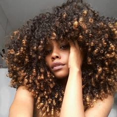 Everything You Should Know About Hair Care! - Useful Hair Care Tips Thick Natural Hair, Pelo Natural, Natural Hair Care, Natural Hair Styles, Black Hair Growth, Pelo Afro, Natural Hair Inspiration, Big Hair, Hair Type