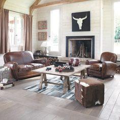 Poltrona Club marrone in cuoio Oxford Vintage Sofa, Modern Bathroom Paint, Decor Interior Design, Interior Decorating, Look Retro, Sofa Styling, Home Decor Signs, Leather Furniture, Western Decor