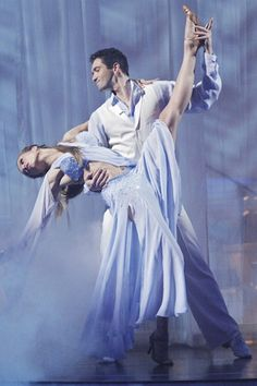 Petra Nemcova & Dmitry Chaplin dance a waltz to Josh Groban's 'You Raise Me Up' on season week Dancing With the Stars. Ballroom Dance Dresses, Ballroom Dancing, Waltz Dance, Petra Nemcova, Holly Madison, Saturday Night Fever, Show Dance, Star Wars, Season 12