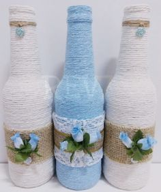 Bottle decorated blue flower on Beer Bottle Crafts, Wine Bottle Art, Diy Bottle, Jar Crafts, Diy And Crafts, Recycled Glass Bottles, Christmas Jars, Class Decoration, Bottles And Jars