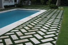 Land-con has mentioned a few pool landscaping ideas that are inexpensive and simple, while still providing an incomparably fresh look. Head in to know more!
