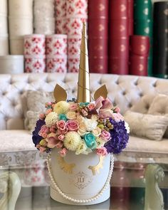 A JLF Unicorn for a magical weekend Tap the image to shop this Flower Box Gift, Flower Boxes, My Flower, Unicorn Birthday Parties, Unicorn Party, Types Of Flowers, Fresh Flowers, Food Bouquet, Edible Bouquets