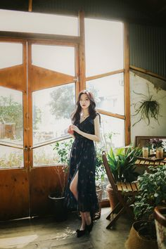 daily 2020 feminine& classy look Cute Casual Outfits, Casual Ootd, Basic Style, My Style, How To Look Classy, Beautiful Asian Girls, Ulzzang, Cute Girls, Korean Fashion