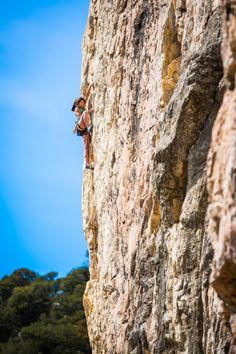 Andrea Szekely warming up on Shazam (5.12c) at the Fortress of Solitude on the Western Slope of Colorado. Photo by Mary Mecklenburg.
