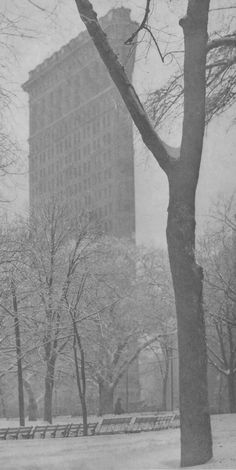 Alfred Stieglitz: The Flatiron, 1903.  Art Experience NYC  www.artexperiencenyc.com/social_login/?utm_source=pinterest_medium=pins_content=pinterest_pins_campaign=pinterest_initial