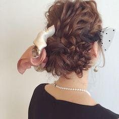 ラフ感が可愛い!『ミディアム×外ハネ』作り方 | ヘアアレンジ&セルフアレンジを楽しもう♪『mizunotoshirou』 Hair Arrange, Creative Hairstyles, Twiggy, Bun Hairstyles, Cute Girls, Hair Beauty, Dreadlocks, Long Hair Styles, Instagram