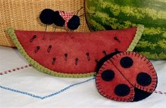 Picture of BIG FAT Watermelon Pin Cushion Set