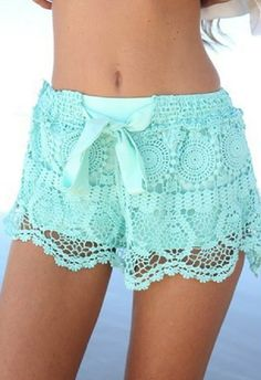 Green Bow Hollow Lace Shorts 17.00